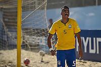 ESPINHO, PORTUGAL, 12.07.2015 - BEACH SOCCER-MUNDIAL - Marcinho jogador do Brasil durante lance contra o Irã no Mundial da FIFA de Futebol de Praia 2015, em Espinho, Portugal, neste domingo (Foto: Bruno de Carvalho/Brazil Photo Press)
