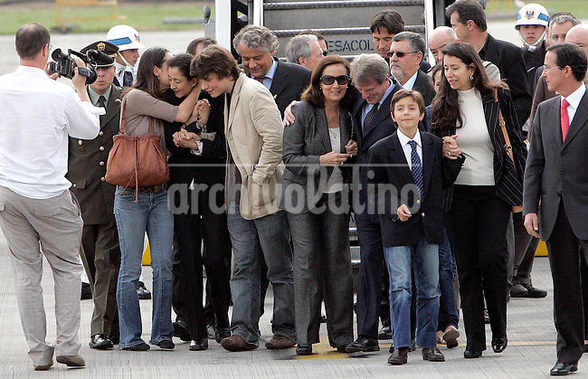 Former hostage Ingrid Betancourt kisses her daughter Melanie a upon their arrival to Bogota Catam military air base.Ingrid Betancourt and other 14 hostages were rescued by special units of Colombian Army, that infiltrate in  a base of leftist guerrilla FARC in the south of the country. Betancourt was kidnapped when running for president in 2002.