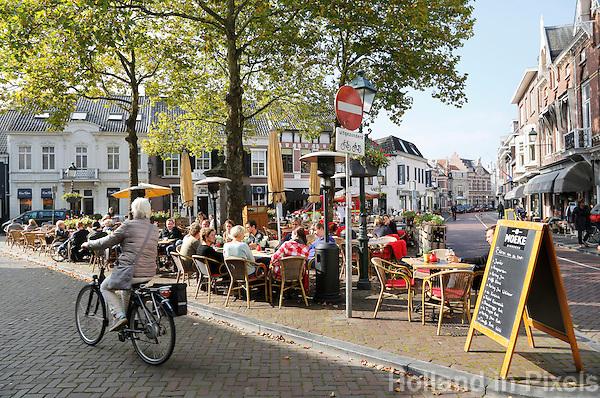 Nederland Breda  2015 . Terras  van cafe Moeke in Breda.  Foto Berlinda van Dam / Hollandse Hoogte