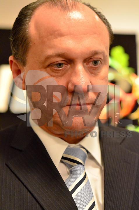 SÃO PAULO, SP, 07, DE FEVEREITO 2012 – MINISTRO RUBENS GAMA NA FIESP – Terça-feira (07), o Diretor do Departamento de Promoção Comercial e Investimentos do Ministério de Relações Exteriores, Ministro Rubens Gama falou sobre as novas prioridades na estratégia de promoção comercial internacional do Brasil em reunião na sede da FIESP.(FOTO: CAIO BUNI / NEWS FREE).