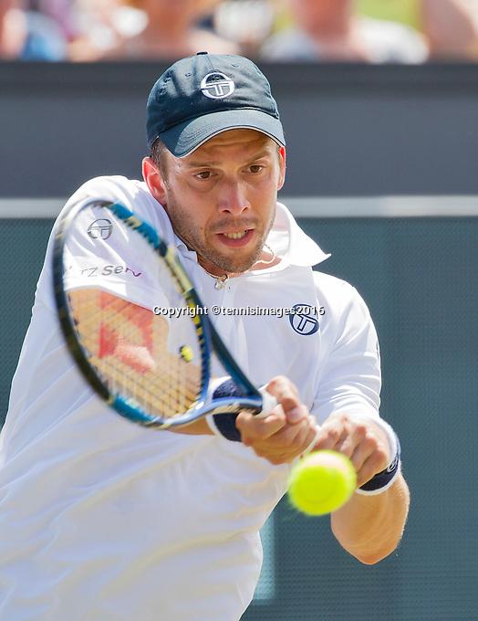 Den Bosch, Netherlands, 10 June, 2016, Tennis, Ricoh Open, Gilles Muller (LUX)<br /> Photo: Henk Koster/tennisimages.com