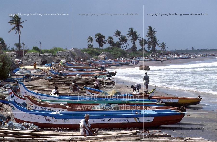 INDIA Tranquebar, in 18th century a former danish trading post in Tamil Nadu, fishing harbour / INDIEN Tranquebar, war eine ehemalige daenische Handelsniederlassung im 18. Jh., Fischereihafen