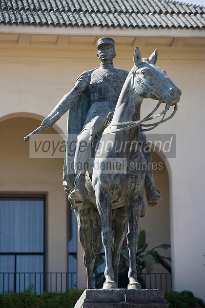 Afrique/Afrique du Nord/Maroc /Casablanca: Satue de Lyautey devant le Consulat Français sur la Place des Nations Unies ou place Mohammed V