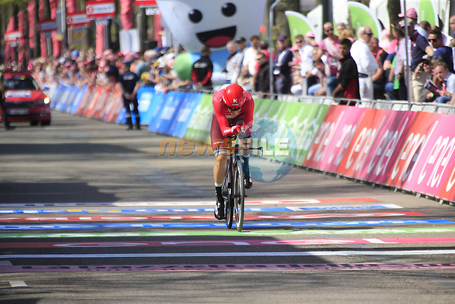 Alexander Porsev (RUS) Katusha crosses the finish line of Stage 1 of the 2016 Giro d'Italia, an individual time trial of 9.8km around Apeldoorn, The Nethrerlands. 6th May 2016.<br /> Picture: Eoin Clarke | Newsfile<br /> <br /> <br /> All photos usage must carry mandatory copyright credit (&copy; Newsfile | Eoin Clarke)