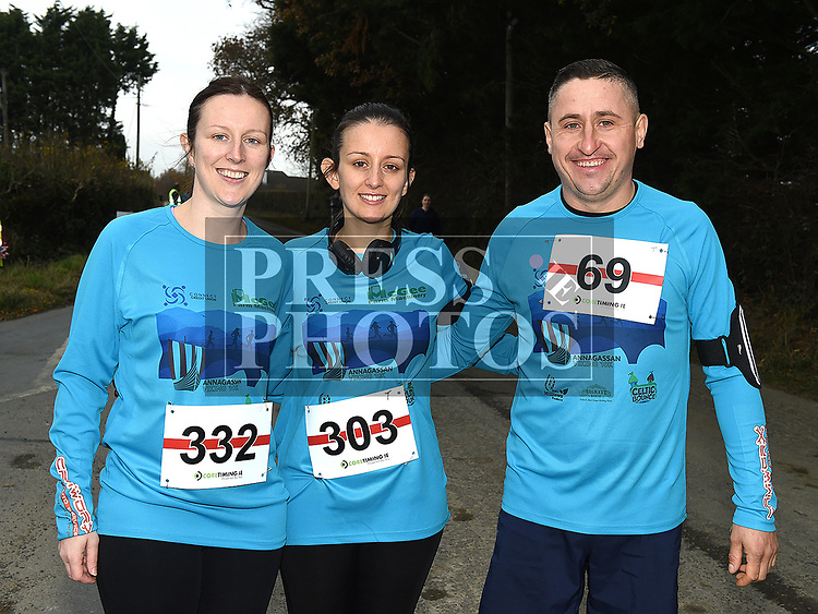 Amanda McElroy, Regina Sharkey and Danny Cirden who took part in the Noel Carroll 10k race at Annagassan. Photo:Colin Bell/pressphotos.ie