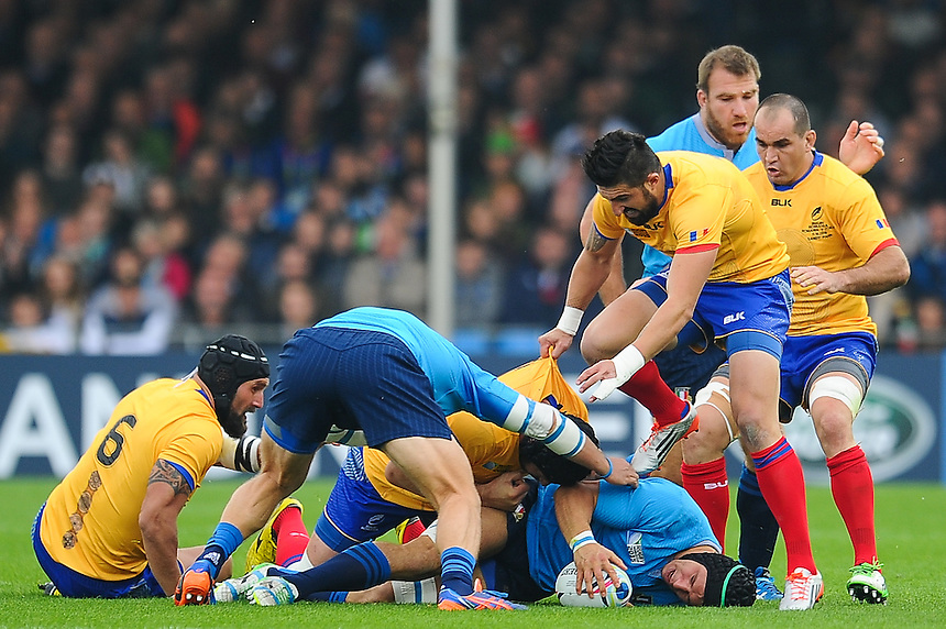 Italy's Edoardo Gori presents the ball at the bottom of the ruck<br /> <br /> Photographer Craig Thomas/CameraSport<br /> <br /> Rugby Union - 2015 Rugby World Cup Pool D - Italy v Romania - Sunday 11th October 2015 - Sandy Park, Exeter <br /> <br /> &copy; CameraSport - 43 Linden Ave. Countesthorpe. Leicester. England. LE8 5PG - Tel: +44 (0) 116 277 4147 - admin@camerasport.com - www.camerasport.com