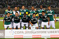 CALI -COLOMBIA-17-03-2016: Jugadores de Deportivo Cali posan para una foto previo al encuentro entre Deportivo Cali (COL) y Racing Club de Argentina por la fecha 3, G3, de la Copa Bridgestone Libertadores 2016 jugado en el estadio Palmaseca de la ciudad de Cali./ Players of Deportivo Cali pose for a photo prior the match between Deportivo Cali (COL) and Racing Club of Argentina for the date 3, G3, of the Copa Bridgestone Libertadores 2016 played at Palmaseca stadium in Cali city.  Photo: VizzorImage/ NR /Cont