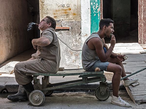 Resting at work, Centro Habana