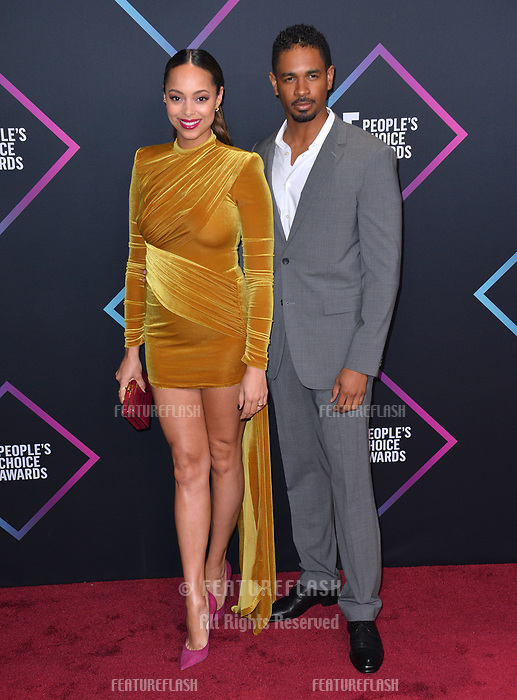 LOS ANGELES, CA. November 11, 2018: Amber Stevens West &amp; Damon Wayans Jr. at the E! People's Choice Awards 2018 at Barker Hangar, Santa Monica Airport.<br /> Picture: Paul Smith/Featureflash