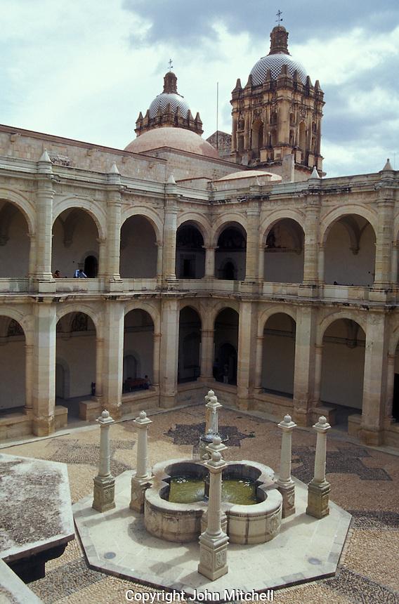 Courtyard of the Ex-Convento de Santo Domingo which now houses the Museum of Oaxacan cultures or Museo de las Culturas de Oaxaca, Oaxaca city, Mexico