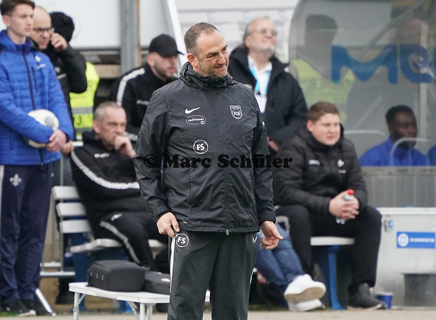 Trainer Frank Schmidt (1. FC Heidenheim) - 29.02.2020: SV Darmstadt 98 vs. 1. FC Heidenheim, Stadion am Boellenfalltor, 24. Spieltag 2. Bundesliga<br /> <br /> DISCLAIMER: <br /> DFL regulations prohibit any use of photographs as image sequences and/or quasi-video.