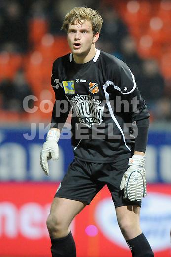 LEEUWARDEN - Voetbal, SC Cambuur - FC Volendam, Cambuur stadion, seizoen 2011-2012, 02-03-2012 Volendam doelman Sonny Stevens