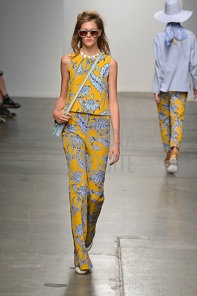 Nova Iorque, EUA &sbquo;09/2014 - Desfile de Karen Walker durante a Semana de moda de Nova Iorque  -  Verao 2015. <br /> <br /> Foto: FOTOSITE