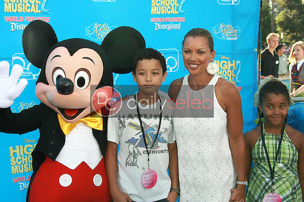 Vanessa Williams and family<br />