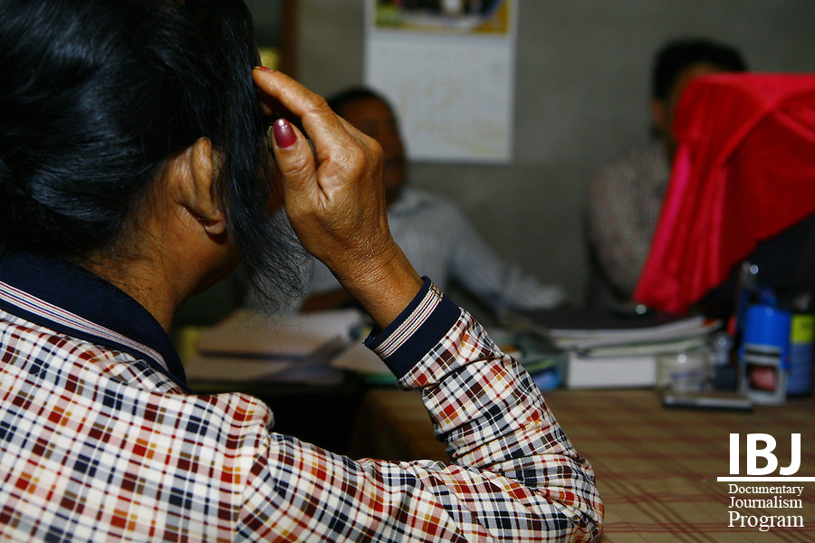Wife of An Sok a farmer who visits IBJ office to seek legal advice he has been accused of Breach of Trust in land dispute. 13-12-2010