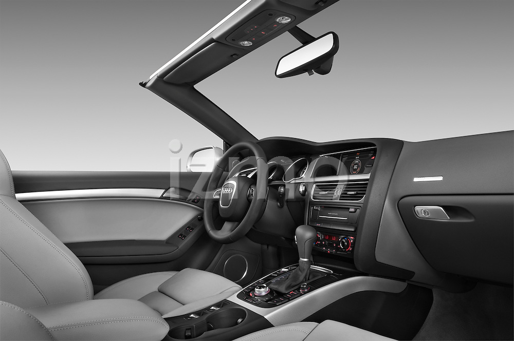 2010 Audi S5 Cabriolet passenger side dashboard view