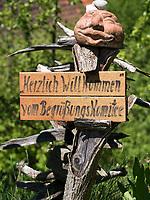 Garten des Feriehaus ehem. St. Michael &amp; St. Mauritius Kirche, Am K&auml;ppeleberg 3, 78337 &Ouml;hningen/Schienen, Baden-W&uuml;rttemberg, Deutschland, Europa<br /> Garden of holiday home former former St. Michael &amp; St. Mauritius church, Am K&auml;ppeleberg 3, 78337 &Ouml;hningen/Schienen, Baden-W&uuml;rttemberg