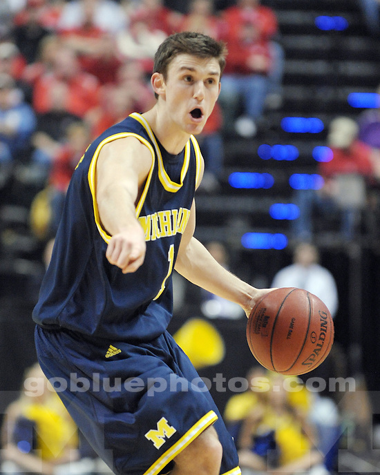 The University of Michigan men's basketball team loses to Ohio State University 69-68 during the Big 10 Men's Basketball Tournament at Conseco Fieldhouse in Indianapolis, IN.
