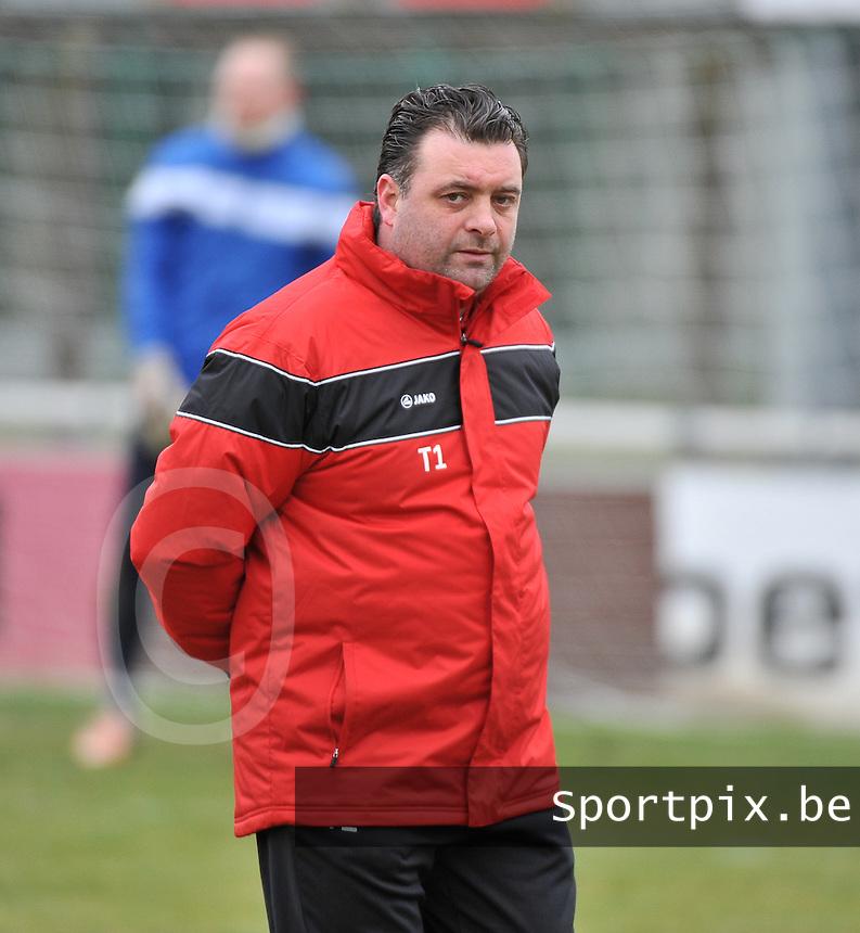 Racing Waregem :  coach Pedro Vermeulen.foto VDB / BART VANDENBROUCKE