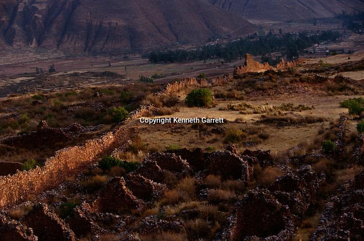 Empires of the Sun; Andes; Pikillacta site; Gordon McEwan; Peru; Cuzco Valley; Wari; Huari