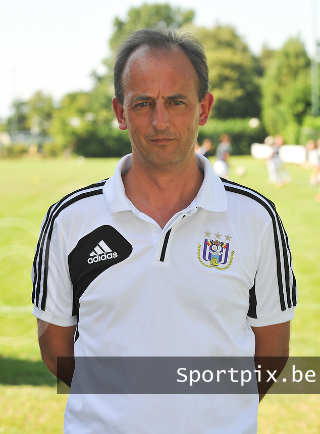 RSC Anderlecht Dames : Gino Steenssens.foto DAVID CATRY / Vrouwenteam.be