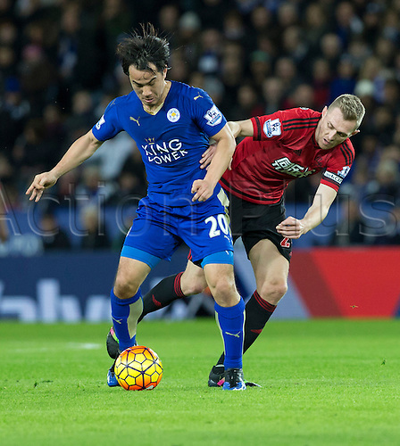 01.03.2016. King Power Stadium, Leicester, England. Barclays Premier League. Leicester versus West Bromwich Albion. Leicester City striker Shinji Okazaki holds off West Bromwich Albion midfielder Darren Fletcher to keep possession.