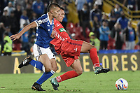 BOGOTA - COLOMBIA, 11-02-2018: Jhon Duque Arias (Izq) jugador de Millonarios disputa el balón con Andres Avila (Der) jugador de Patriotas Boyaca durante partido por la fecha 2 de la Liga Aguila I 2018 jugado en el estadio Nemesio Camacho El Campin de la ciudad de Bogotá. / Jhon Duque Arias (L) player of Millonarios fights for the ball with Andres Avila (R) player of Patriotas Boyaca during match for the date 2 of the Liga Aguila I 2018 played at the Nemesio Camacho El Campin Stadium in Bogota city. Photo: VizzorImage / Gabriel Aponte / Staff.