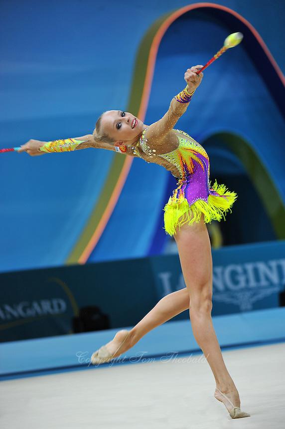 August 30, 2013 - Kiev, Ukraine - YANA KUDRYAVTSEVA of Russia performs at 2013 World Championships.