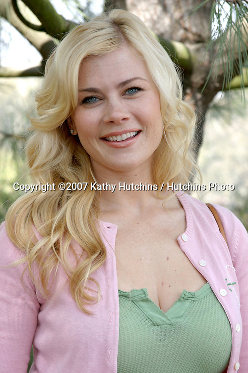 Alison Sweeney .EMA & E! Entertainment Tree Planting Event.Tree People's headquarters in Coldwater Canyon Park.Los Angeles, CA.April 4, 2007.©2007 Kathy Hutchins / Hutchins Photo....