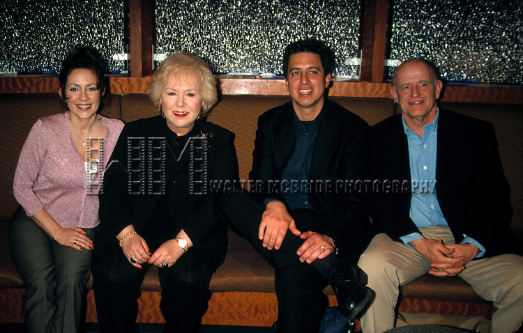 Patricia Heaton, Ray Romano, Doris Roberts and Peter Boyle attending the N.A.T.P.E  Convention.New Orleans, La..January 2000.. ©