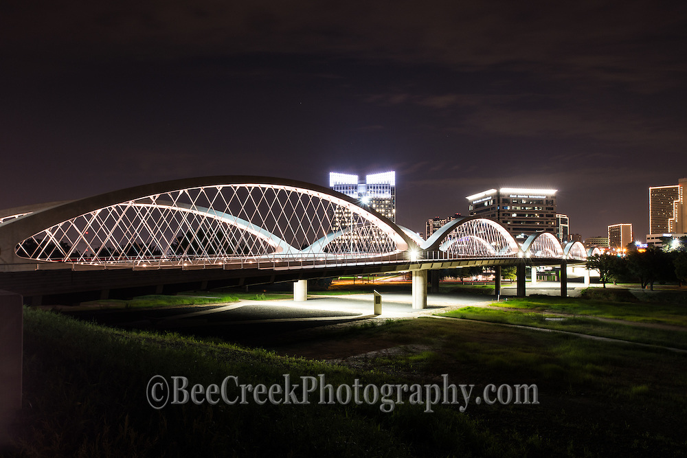 We stepped back a bit to capture this photo of the seventh street bridge which was nicely lit up at night with the Ft Worth skyline which created a nice backdrop for the bridge.
