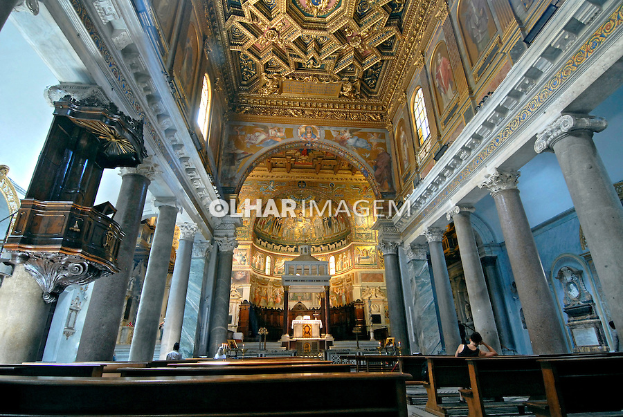 Basilica de Santa Maria em Tratevere, Roma, Italia. 2006. Foto de Luciana Whitaker