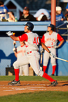 August 5, 2009:  Nick Santomauro of the Brooklyn Cyclones during a game at Dwyer Stadium in Batavia, NY.  The Cyclones are the Short-Season Class-A affiliate of the New York Mets.  Photo By Mike Janes/Four Seam Images