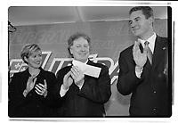 Jean Charest , chef du PLQ entre 1998 et 2012 et son epouse<br /> (date exacte inconnnue)<br /> <br /> PHOTO : Agence Quebec Presse<br /> <br /> <br />  NOTE : Lorsque requis la photo commandée sera recadrée et ajustée parfaitement.