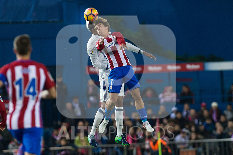 Atletico de Madrid's Antoine Griezmann  during the match of La Liga between Atletico de Madrid and Real Madrid at Vicente Calderon Stadium  in Madrid , Spain. November 19, 2016. (ALTERPHOTOS/Rodrigo Jimenez)