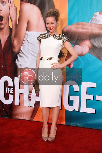 Leslie Mann<br /> at &quot;The Change-Up&quot; World Premiere, Village Theater, Westwood, CA. 08-01-11<br /> David Edwards/DailyCeleb.com 818-249-4998