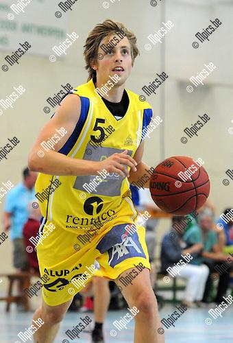 2013-08-15 / Basketbal / seizoen 2013-2014 / Turuka / Niels Lataire<br /><br />Foto: Mpics.be