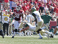 NWA Media/Michael Woods --10/25/2014-- w @NWAMICHAELW...University of Arkansas running back Jonathan Williams runs for a gain in the 3rd quarter of Saturday's game at Razorback Stadium in Fayetteville.
