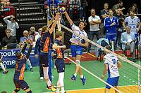 GRONINGEN - Volleybal, Lycurgus - Achterhoek Orion, final playoff 1 seizoen 2018-2019,  21-04-2019,  Lycurgus speler Wytze Kooistra tikt de bal over het blok