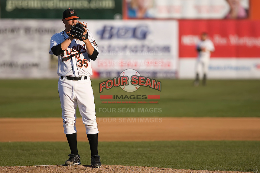 Starting pitcher Jake Renshaw (35) of the Frederick Keys looks in for the sign at Harry Grove Stadium in Frederick, MD, Monday July 14, 2008. (Photo by Brian Westerholt / Four Seam Images)