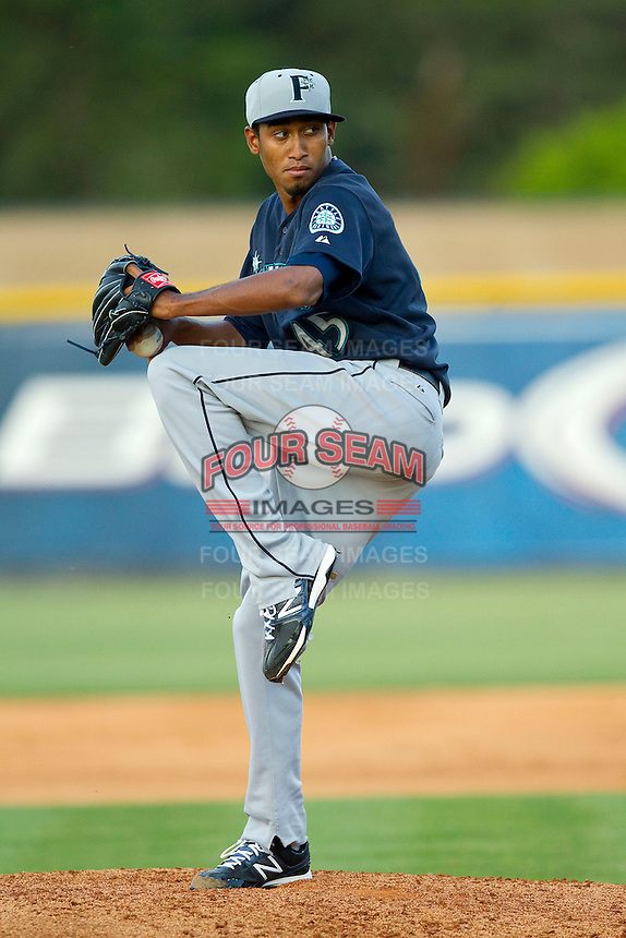 Pulaski Mariners starting pitcher Edwin Diaz (45) in action against the Burlington Royals at Burlington Athletic Park on June20 2013 in Burlington, North Carolina.  The Royals defeated the Mariners 2-1 in 13 innings.  (Brian Westerholt/Four Seam Images)