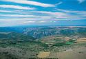 10/02/98 - CAUSSE MEJEAN - LOZERE - FRANCE - Vue sur le Causse MEJEAN et les Gorges du Tarn - Photo Jerome CHABANNE