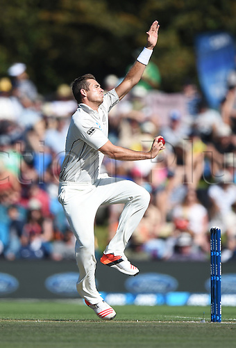 21.02.2016. Christchurch New Zealand.  Tim Southee bowling on Day 2 of the 2nd test match. New Zealand Black Caps versus Australia. Hagley Oval in Christchurch, New Zealand. Sunday 21 February 2016.