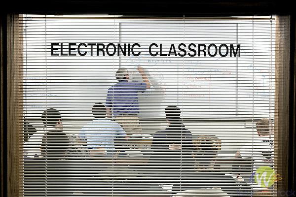 Electronics classroom