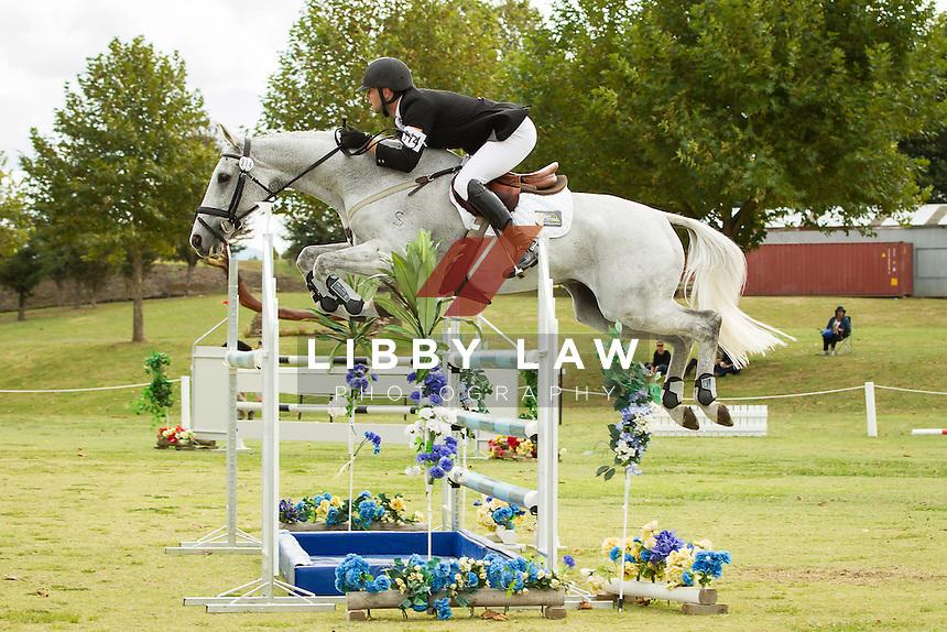 NZL-Simon Gordon (FLETCH.COM) FINAL-3RD: CIC3* SHOWJUMPING: 2014 NZL-BNZ Kihikihi International Horse Trial (Sunday 13 April) CREDIT: Libby Law COPYRIGHT: LIBBY LAW PHOTOGRAPHY - NZL