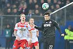 20.01.2018,  GER; 1.FBL Hamburger SV vs 1. FC Koeln, im Bild Gideon Jung (Hamburg #28) versucht sich gegen Jorge Mere (Koeln #22) durchzusetzen  Foto © nordphoto / Witke *** Local Caption ***