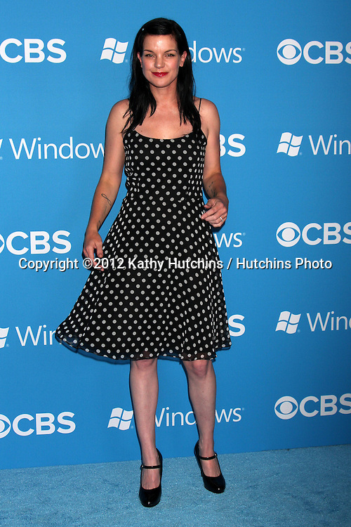LOS ANGELES - SEP 15:  Pauley Perrette arrives at the CBS 2012 Fall Premiere Party  at Greystone Manor on September 15, 2012 in Los Angeles, CA
