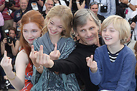 Shree CROOKS - Charlie SHOTWELL - Annalise BASSO - Viggo MORTENSEN - 69E FESTIVAL DE CANNES 2016 - PHOTOCALL DU FILM 'CAPTAIN FANTASTIC'