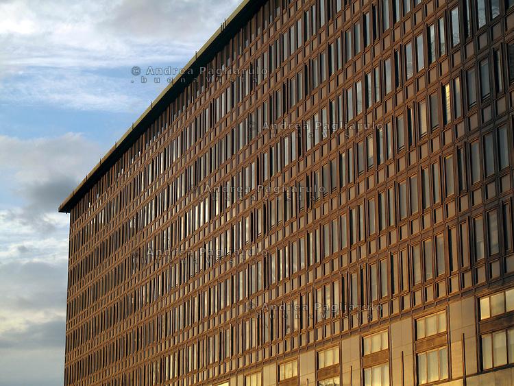 Italia, Milano. .Uffici..Offices..© Andrea Pagliarulo