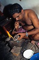 Goldschmied in Cochin = Kochi (Kerala), Indien